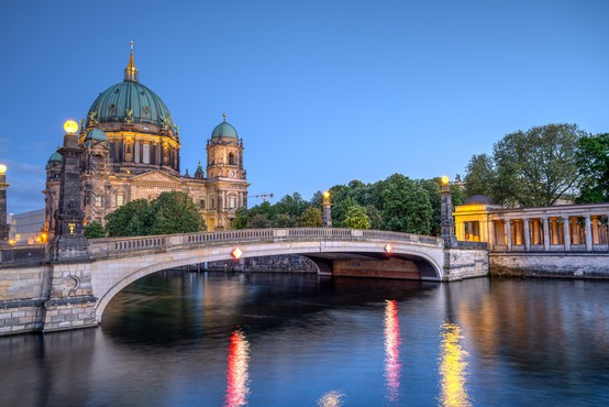 V Nemčiji z 18.681 primeri spet rekordno število okužb na dnevni ravni