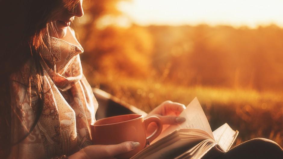 Za vaš bralni seznam: 3 za osebno rast in sprostitev + 5 kratkočasnih novih romanov (foto: Shutterstock)