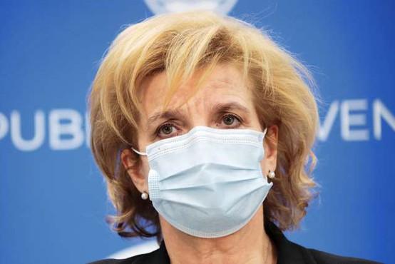 Število okuženih je nekoliko upadlo, povečuje pa se število umrlih