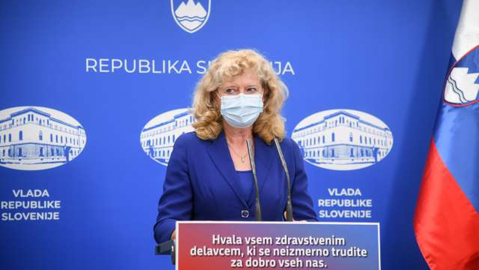 Epidemiologinja: Tretji val epidemije je pričakovati ravno v času sezonske gripe konec decembra (foto: Nebojša Tejić/STA)