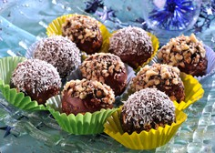 Recept za božanske čokoladne kroglice (pripravljene v 10 minutah!)