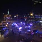 Teror na dunajskih ulicah skozi objektive na telefonih prestrašenih očividcev (foto in video) (foto: Profimedia)