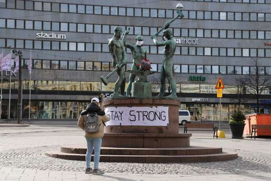 Finski uspelo ohraniti raven okužb do petkrat pod evropskim povprečjem