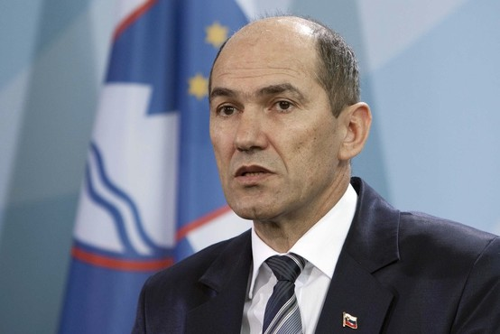 Janša: Kadri DeSUS v vladi naj se odločijo, ali so v vladi ali v opoziciji