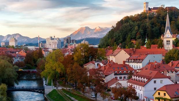 Amazon v Ljubljani posnel božični oglas The Show Must Go On (foto: Profimedia)