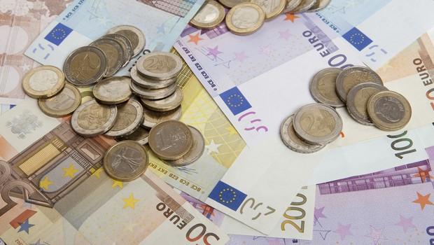 Predstavniki politike in stroke predstavili poglede na univerzalni temeljni dohodek (foto: profimedia)
