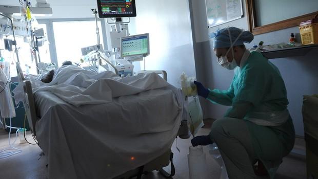 V pandemiji po svetu že več kot 1,25 milijona smrtnih žrtev (foto: profimedia)