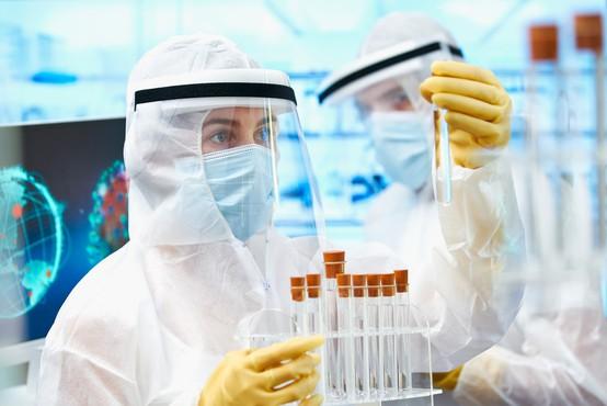 Razveseljiva novica iz Pfizerja: Zadnja testiranja kažejo, da imajo učinkovito cepivo proti covidu-19