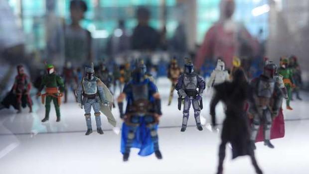V vrečah za smeti najdene 400.000 funtov vredne igrače Vojne zvezd (foto: Xinhua/STA)