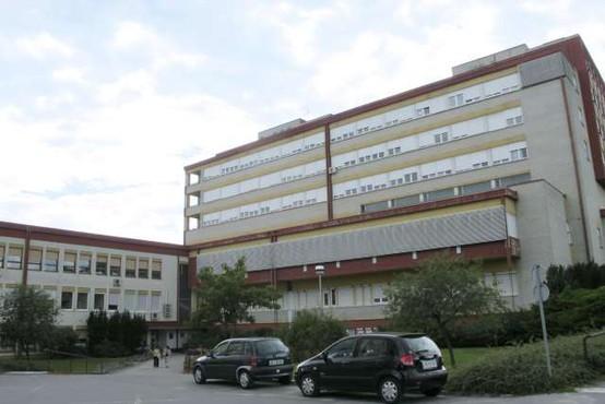 V soboški bolnišnici ne zmorejo več, bolnike s covidom-19 premeščajo v druge bolnišnice po Sloveniji