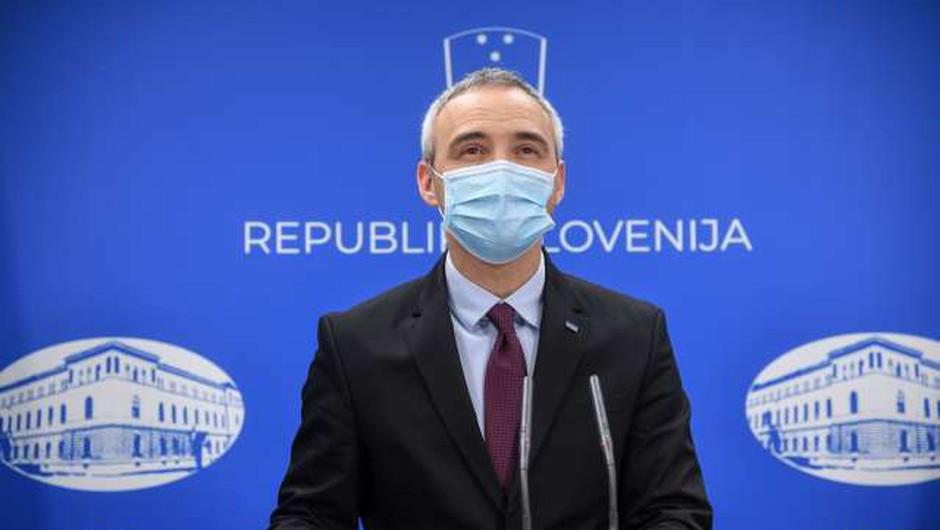 Minister Cigler Kralj pozitiven na testu za novi koronavirus (foto: Nebojša Tejić/STA)