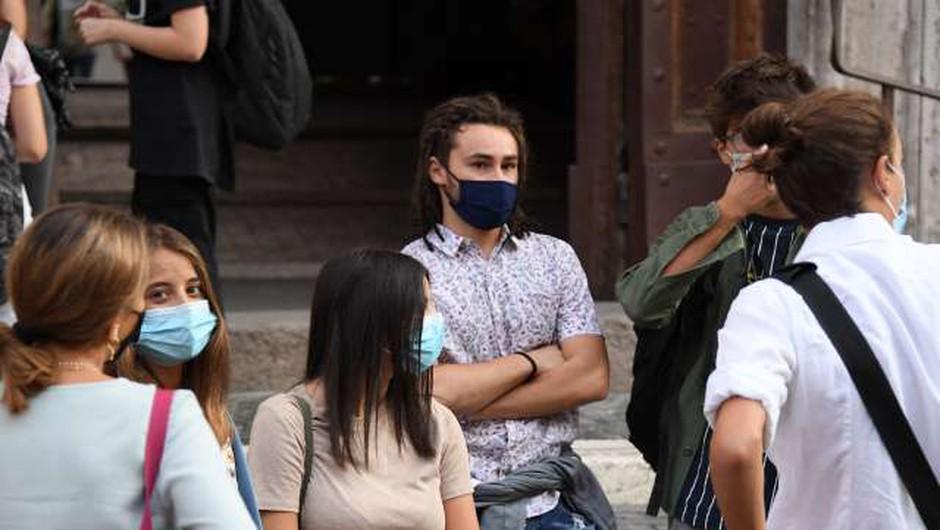 Med evropskimi najstniki vzbujajo skrb nove oblike zasvojenosti (foto: Xinhua/STA)