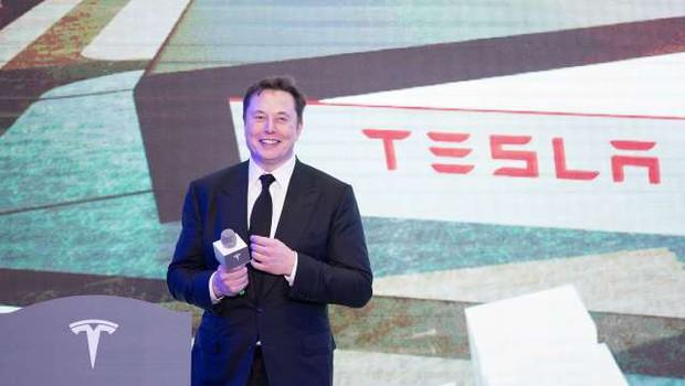 Elon Musk v enem dnevu opravil štiri teste - izid po dvakrat pozitiven in negativen (foto: STA)