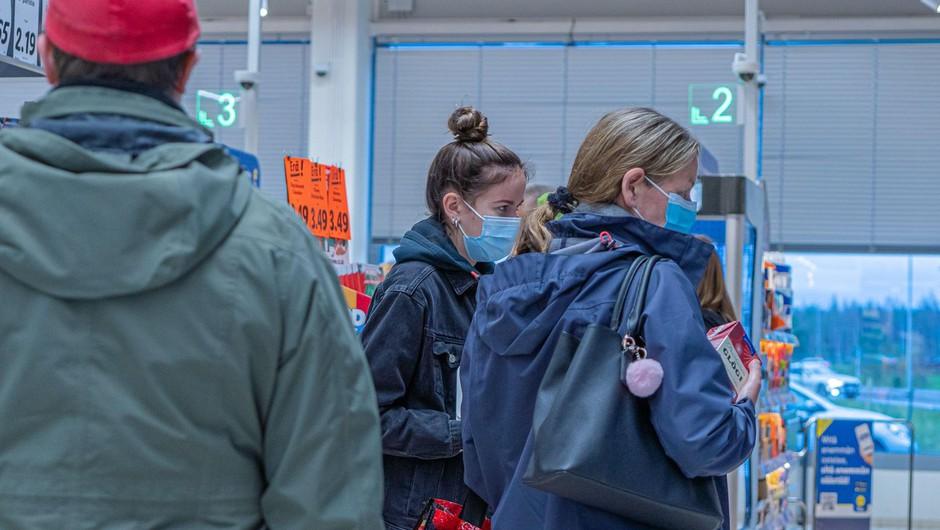 Pri naših južnih sosedih v petek potrdili 2866 okuženih (foto: profimedia)