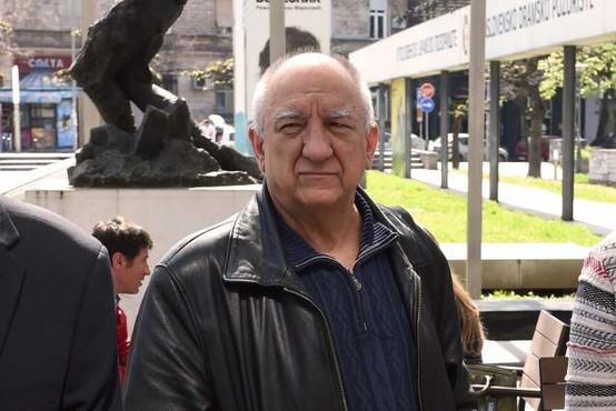 Za posledicami koronavirusa umrl eden najbolj znanih srbskih igralcev, poznan tudi po seriji Boljše življenje