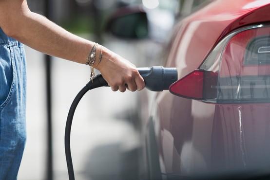 """V kanadski provinci Quebec so se odločili: """"Po letu 2035 bodo v prodaji le še električni avtomobili!"""""""