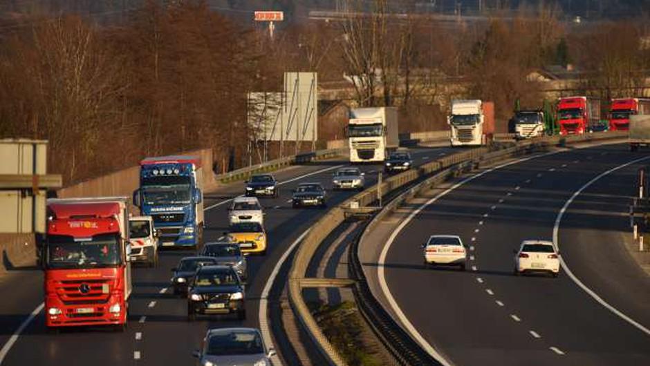 Slovenija izvedla pilotni prevoz z uporabo elektronskega tovornega lista (foto: Tamino Petelinšek/STA)