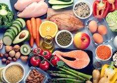 Slovenski farmacevti izdali knjigo, v kateri so popisani vsi vitamini in minerali in njihovo delovanje na človeka
