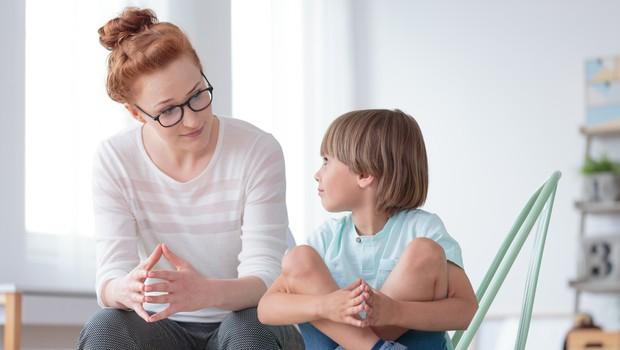 Pedagoška psihologinja: Otrokom epidemije ne postavljajmo v središče pozornosti, a se tudi ne pretvarjajmo, da je vse normalno (foto: Shutterstock)