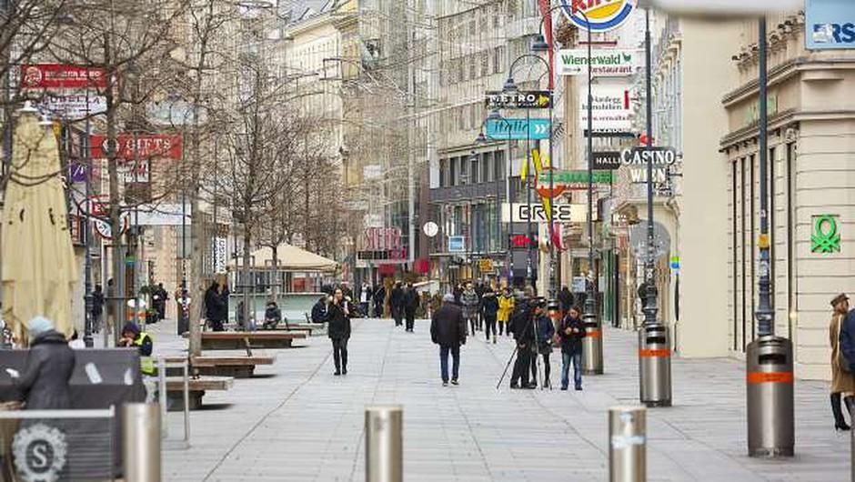 Na Hrvaškem največje dnevno število okužb, V Avstriji prvič več kot 100 žrtev v enem dnevu (foto: Xinhua/STA)