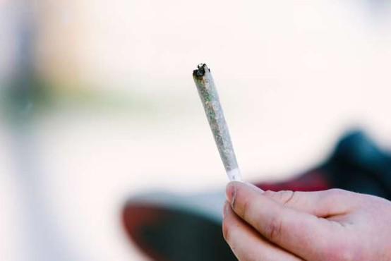 Četrtina uporabnikov med pandemijo povečala rabo drog