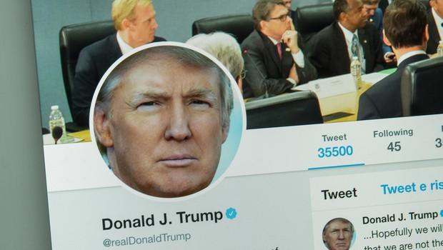 Biden nadaljuje tranzicijo, Trump še naprej ne sodeluje, večino časa tvita in razmišlja o napadu na Iran (foto: Shutterstock)