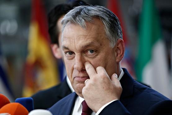 Poljaki in Madžari vztrajajo pri blokadi evropske pomoči članicam, nemški mediji kritični do Janše