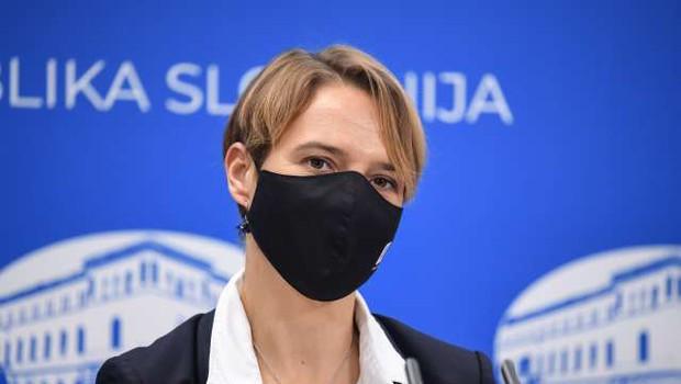 Minister Tomaž Gantar vladi predlagal razrešitev Tine Bregant (foto: STA/Nebojša Tejić)