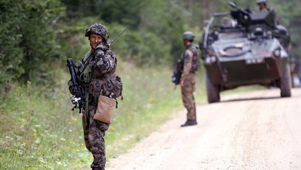 Zakonu o naložbah v Slovenski vojski DZ prižgal zeleno luč (foto: profimedia)