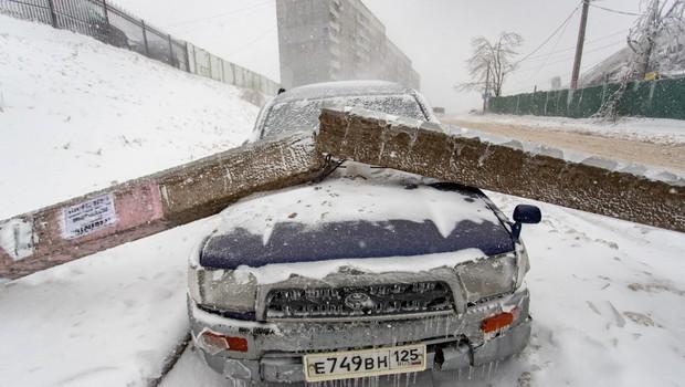 Ledeni dež v Vladivostoku: 150.000 ljudi brez vode in elektrike (foto: profimedia)