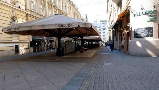 Na Hrvaškem začeli veljati strožji protikoronski ukrepi (foto: STA)