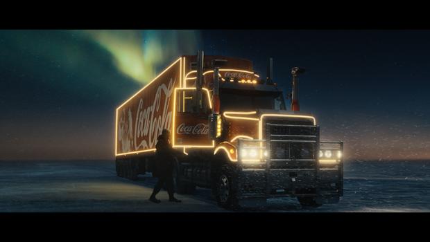 Coca-Cola v božičnem času obeležuje 100 let čarobnosti (foto: Promocijsko gradivo)