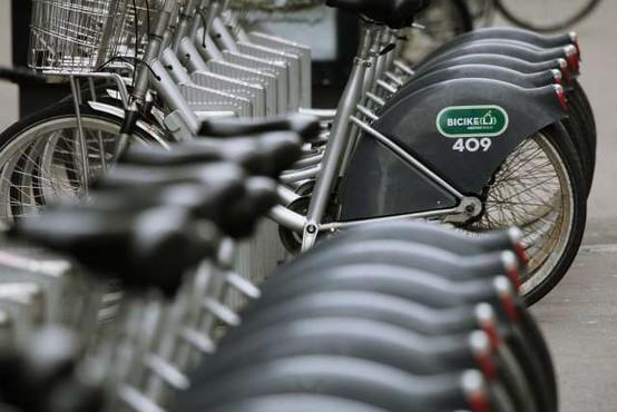 V Ljubljani so skladno z napovedmi uredili devet novih lokacij za izposojo koles