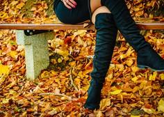 Visoki škornji čez kolena se bodo letošnjo zimo nosili tako (+ kje jih kupiti)