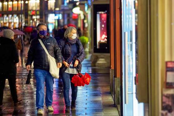 V Avstriji sredi novembra več okuženih s koronavirusom, kot kažejo statistike
