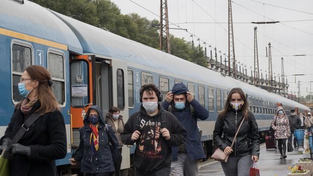 Na Hrvaškem prvič več kot 4000 okuženih, na Madžarskem 115 smrti (foto: Profimedia)