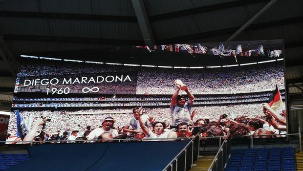 Ameriški strokovnjak za športne spominke trdi, da bi lahko dres Maradone prodali za dva milijona (foto: profimedia)