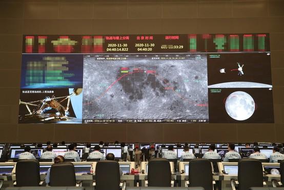 Kitajska sonda pristala na Luni in bo prvič po 44 letih prinesla material na Zemljo