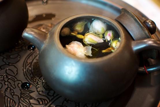 """Scott Cunningham: """"Pred spanjem spijte čaj iz vrtničnih popkov, ki bo sprožil preroške sanje"""""""