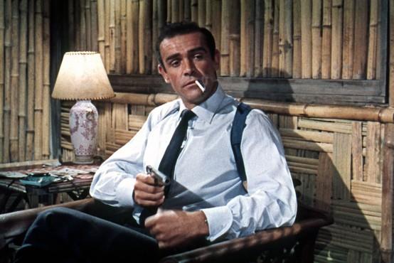 Pištolo Jamesa Bonda, ki jo je imel  v filmu Dr. No Sean Connery, na dražbi prodali za četrt milijona