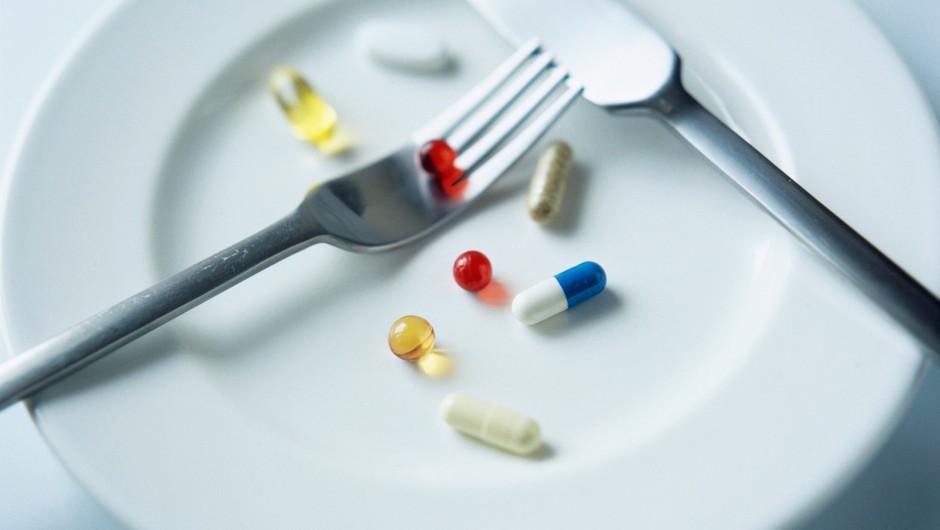 V kakšni obliki, kdaj in s čim jemati prehranske dodatke (piše Petra W.) (foto: profimedia)