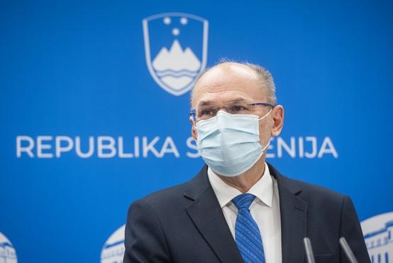Slovenska smučišča bi lahko bila zaprta tudi po novem letu