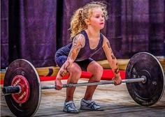 Neverjetne fotografije: najmočnejša deklica na svetu je stara 7 let in dvigne 80 kilogramov