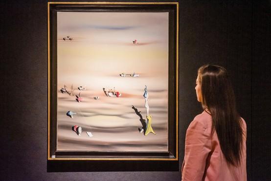Na letališču izgubljena umetniška slika, vredna 280.000 evrov, najdena v smetnjaku