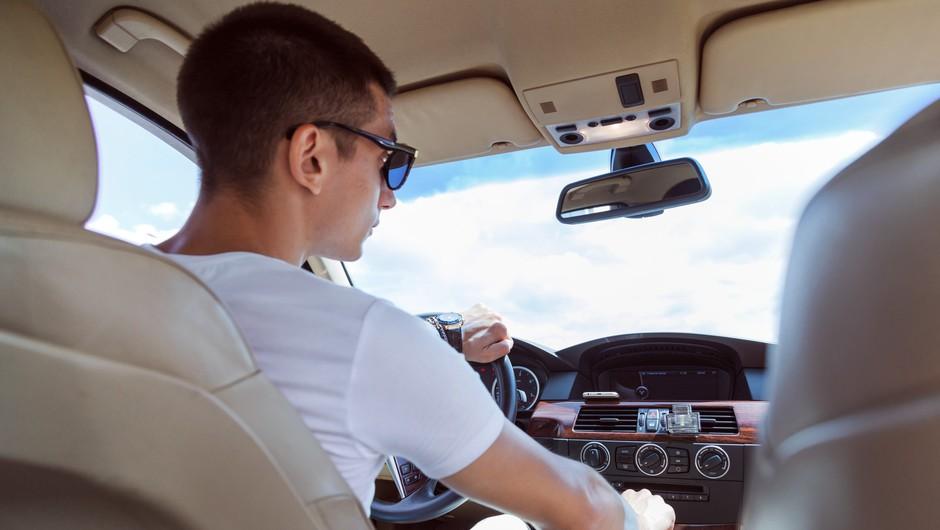 Mladi vozniki močno zmanjšali delež smrti v prometnih nesrečah z alkoholom (foto: Profimedia)