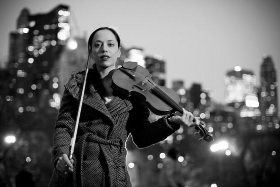 Violinistka Anja Bukovec: Očitno se v tem koronačasu nismo nič naučili
