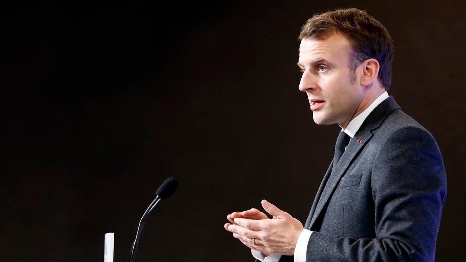Francoski predsednik Macron pozitiven na koronavirus (foto: Profimedia)
