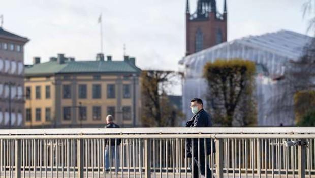 Na Hrvaškem skoraj 4000 okužb, Švedska se bori z drugim valom epidemije (foto: Xinhua/STA)