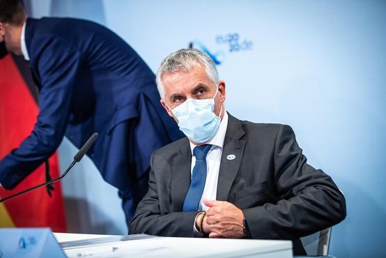 Minister za zdravje Tomaž Gantar odstopil, začasno ga bo nadomeščal premier
