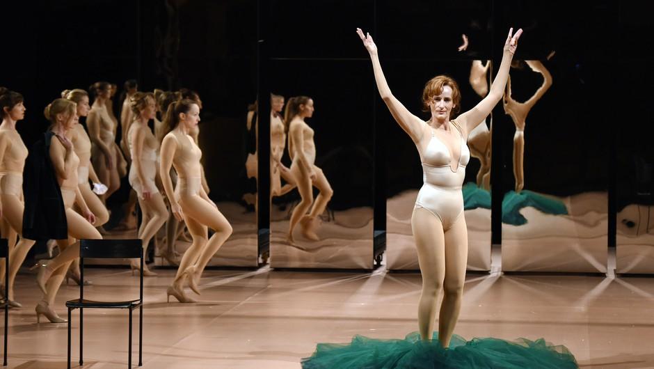 Silvestrska predstava Moj mož – v živo z velikega odra ljubljanske Drame (foto: SNG Drama Ljubljana)